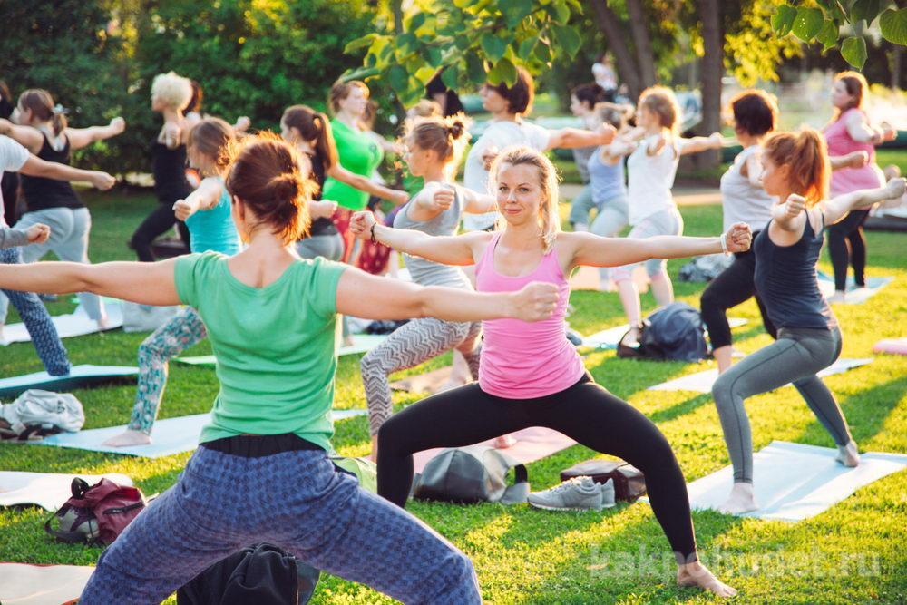 Йога и различные «упражнения на проблемные зоны»